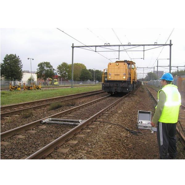LESAK APTWS, 30t/50kg (Váha pro železniční kolejová vozidla)