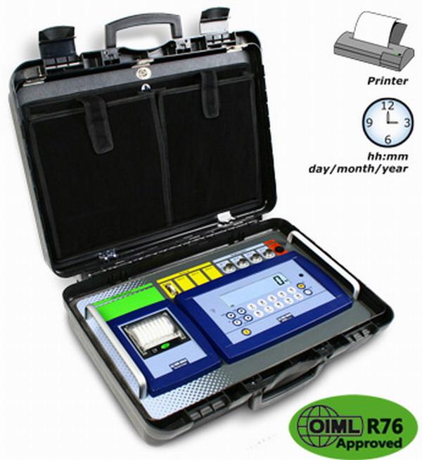 DINI ARGEO DFWKRP, Vážní jednotka + tiskárna v přenosném kufru (Vážní indíkátor se zabudovanou tiskárnou a provozem na baterie v přenosném kufru)