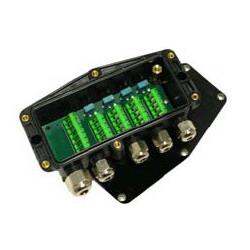 Krabice sdružovací plastová CAJA4-PL, IP68 (Plastová sdružovací krabice pro čtyři snímače CAJA4-PL)